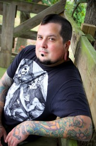 Aric Davis, suspense and mystery writer. Author of The Fort